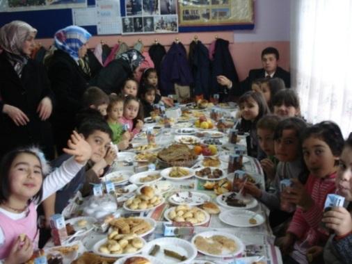 Yerli Malı Haftası İstiklal İlköğretimi Taradından Kutlandı. galerisi resim 12