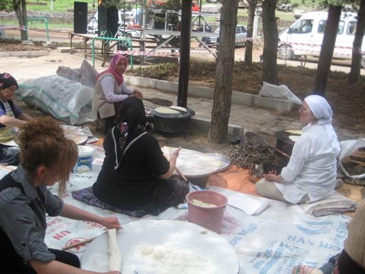 FATİH MAHALLESİ BAHAR ŞENLİĞİ YAPILDI.. galerisi resim 5