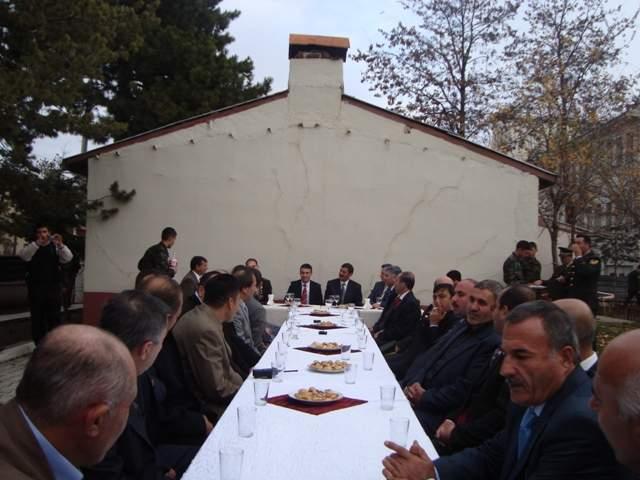 KURBAN BAYRAMI RESMİ BAYRAMLAŞMA RESİMLERİ 2008 galerisi resim 36