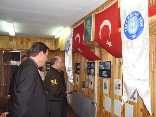 Tarihte Türklere Yapılan Katliamları Unutmadık. Adlı Sergi galerisi resim 17