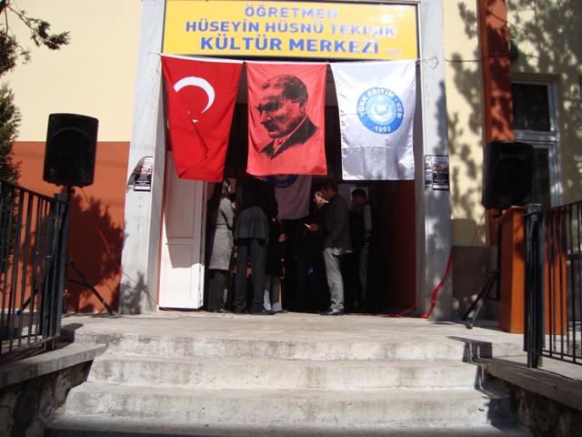 Tarihte Türklere Yapılan Katliamları Unutmadık. Adlı Sergi galerisi resim 22