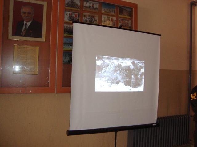 Tarihte Türklere Yapılan Katliamları Unutmadık. Adlı Sergi galerisi resim 24