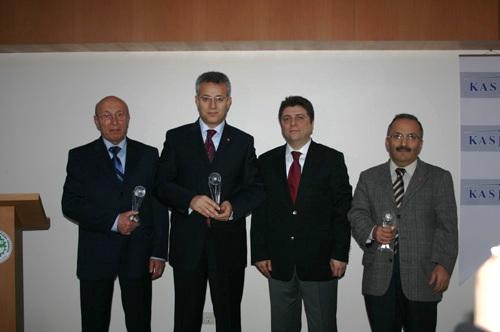 Vali Taşkesen Yılın Bürokratı Seçildi