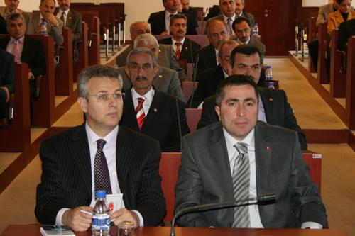 Vali Meclis Çalışmalarını İzledi