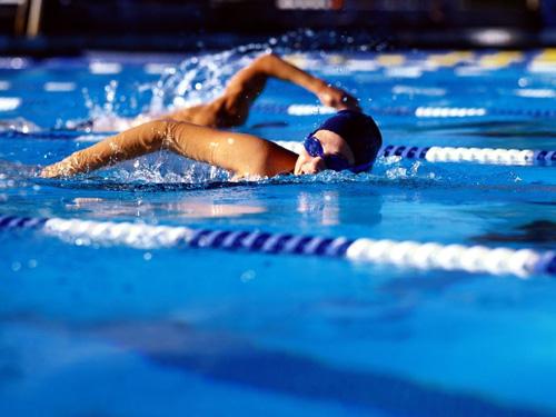 Bayanlar Yüzme Şampiyonası Başlıyor
