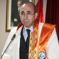 Rektör Öztürk'ün 10 Kasım Mesajı