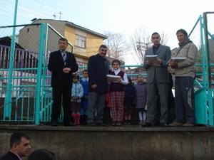 İstiklal İlköğretim Okulunda başarılı öğrencilere ödül