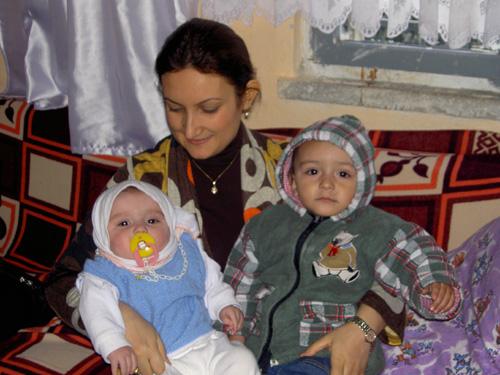 3 Aile Evinde Ziyaret Edildi