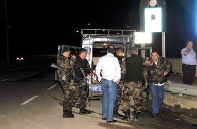 Polis otomobiline silahlı saldırı