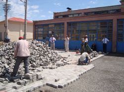 Şebinkarahisar Sanayi Sitesi sokakları parke ile döşeniyor