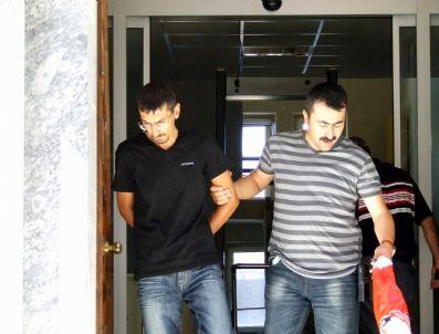Vatandaşlar Tarafından Suçüstü Yakalanan Yankesici  Tutuklandı