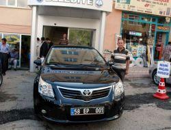 Suşehri Belediye Başkanına Bayram Hediyesi Otomobil