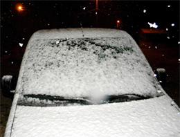 Sivas'a mevsimin ilk karı düştü