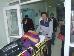 Akıncılar'da Trafik Kazası: 16 Yaralı