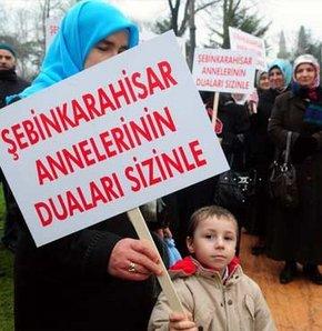 Başbakan Erdoğan'a Şebinkarahisarlılardan geçmiş olsun ziyareti
