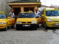 Çamoluk'a Taksi Durağı Açıldı