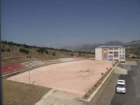 Üniversitede Anfi Tiyatro Alanına Tiribün Koltukları Yapıldı